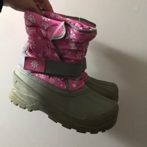 Other - 10 FOR $10 SALE Kids snow boots